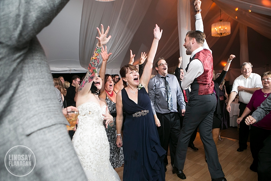 Searles-Castle-Windham-New-Hampshire-Wedding-Reception-Dancing
