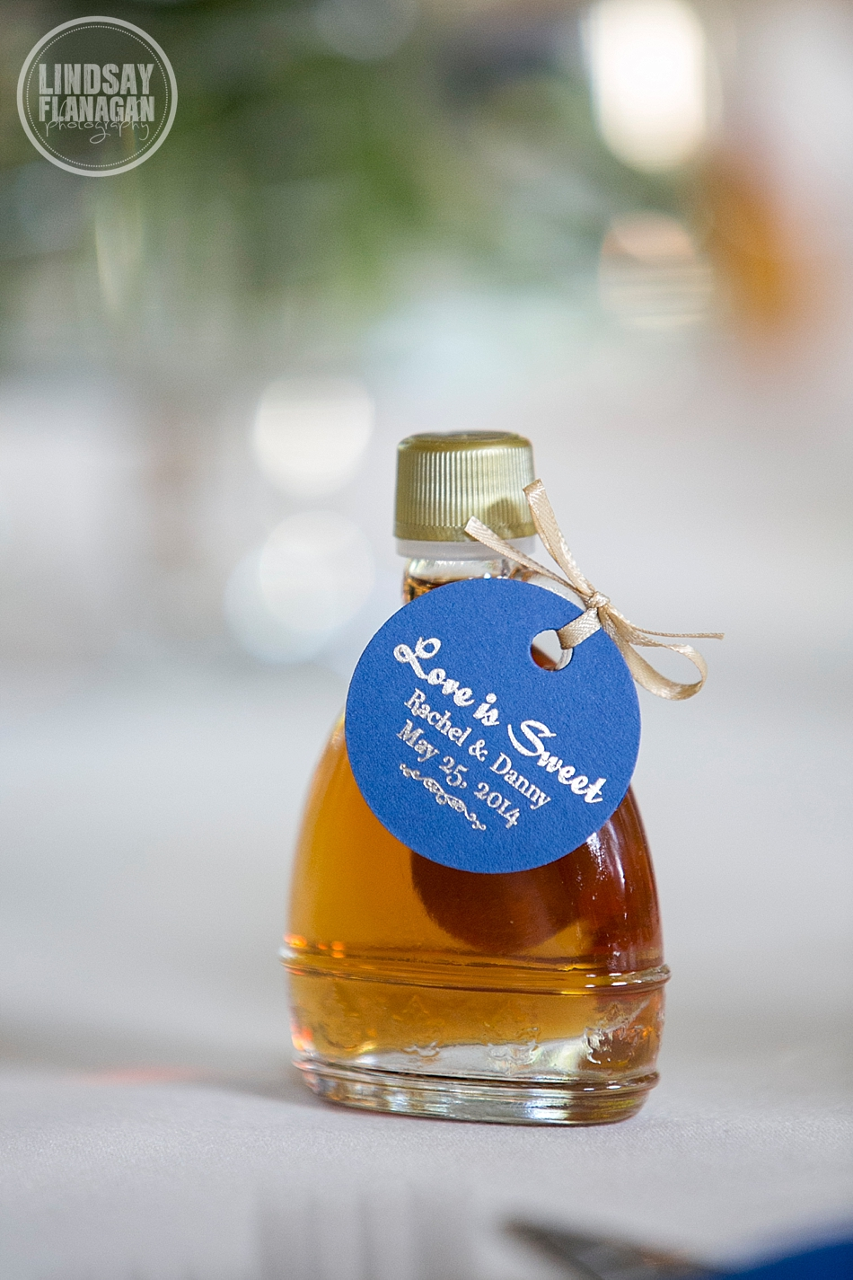 Rachel and Danny's Connecticut Jewish Wedding  at The Riverview | Syrup Favor by  Carman Brook Farms  | Favor Tags by  Admire Design
