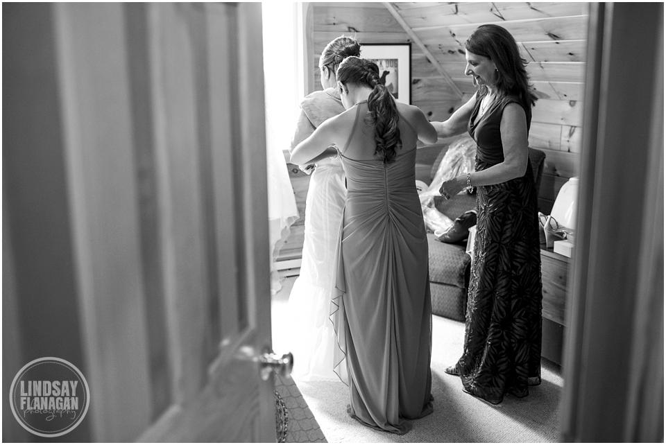 Stone-Mountain-Arts-Center-Maine-Wedding-Lindsay-Flanagan
