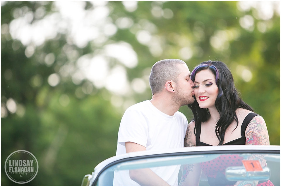 Retro-engagement-session-NH-Wedding-photographer-Lindsay-Flanagan-Photography_0007.jpg