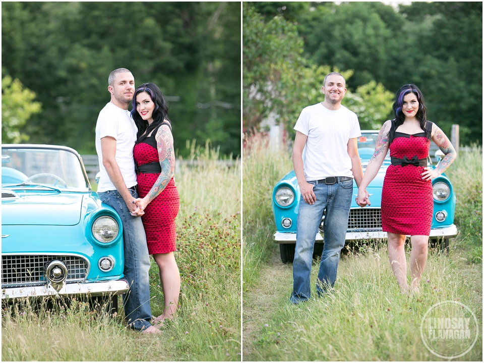 Retro-engagement-session-NH-Wedding-photographer-Lindsay-Flanagan-Photography_0008.jpg