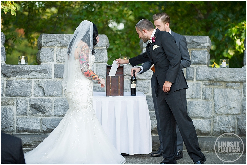Searles-Castle-Wedding-Lindsay-Flanagan-Photography-WEB-24