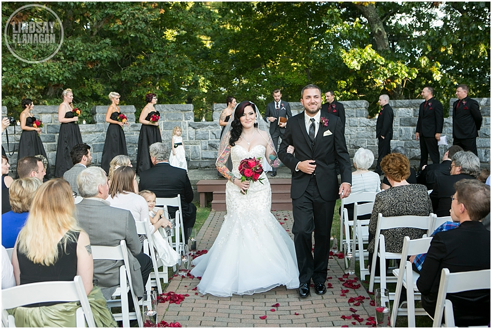 Searles-Castle-Wedding-Lindsay-Flanagan-Photography-WEB-27