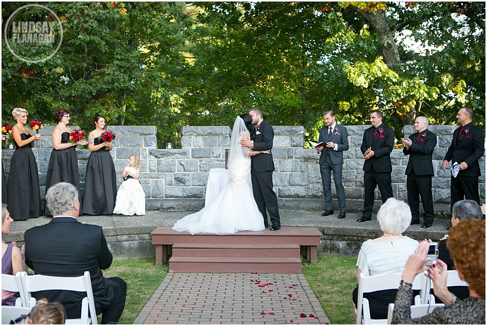 Searles-Castle-Wedding-Lindsay-Flanagan-Photography-WEB-26