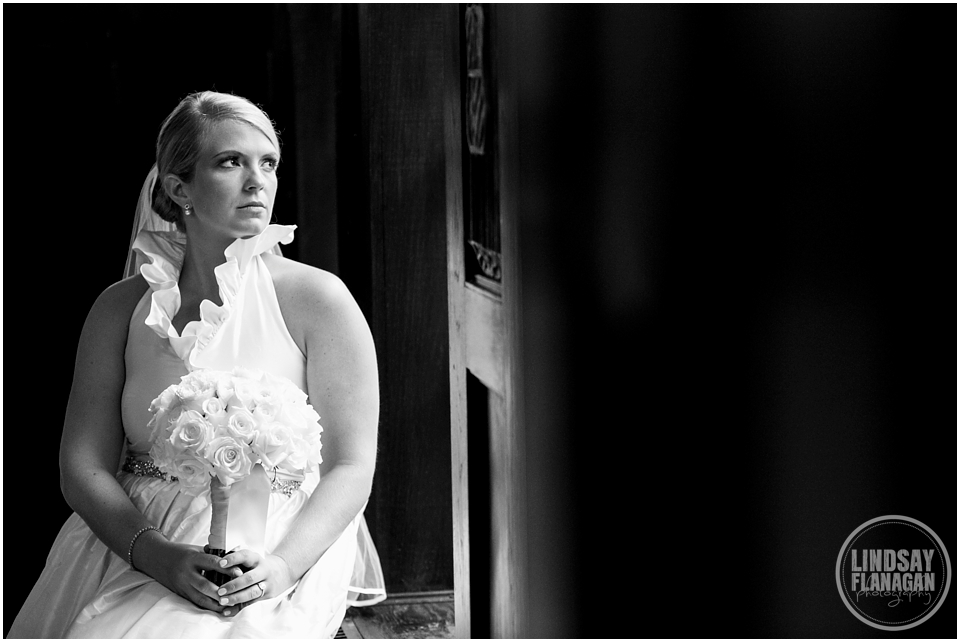 Alden-Castle-Brookline-Wedding-Lindsay-Flanagan-Photography_0009