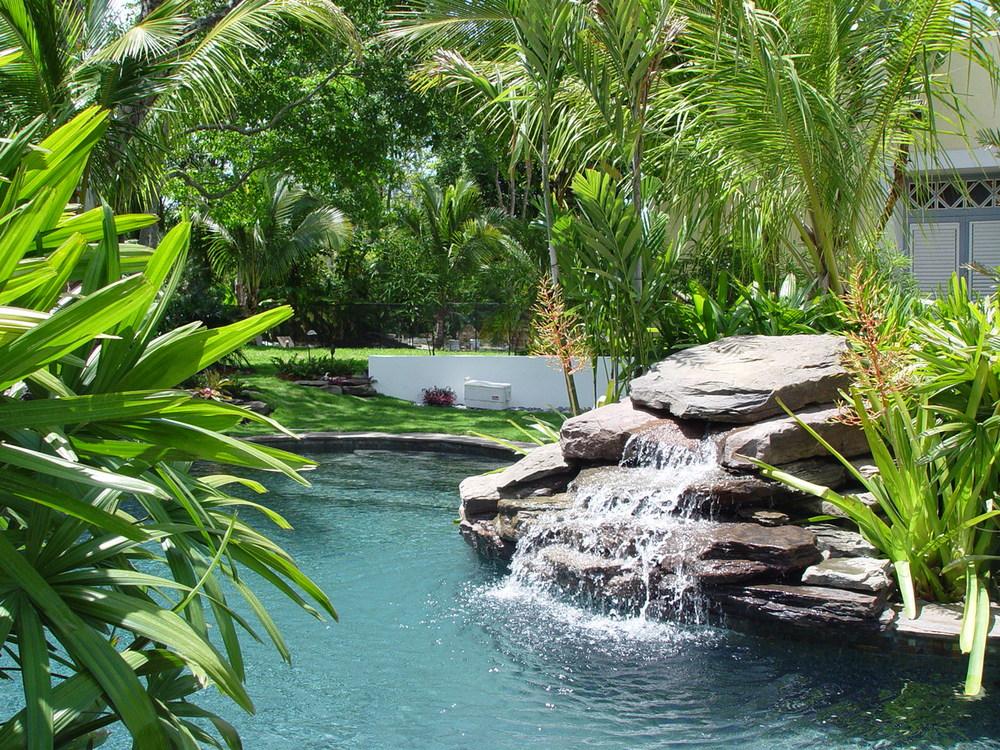 waterfall4.JPG