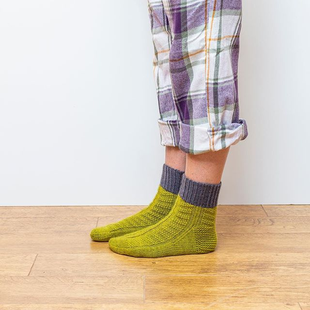New year = New socks  These are Glipp, contrast cuff and textured pattern. Pre-orders for Socks Yeah DK book and book and yarn bundles are up - link in bio