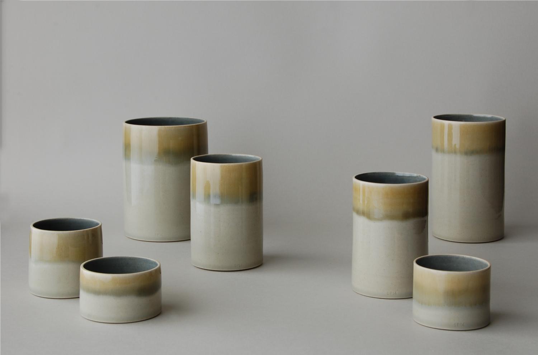 Cylinder_Blue_Mustard.jpg