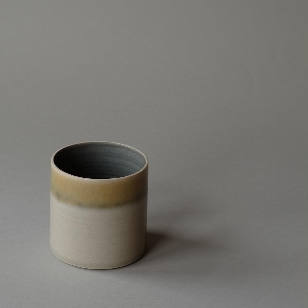 Cylinder_Blue_Mustard3.jpg