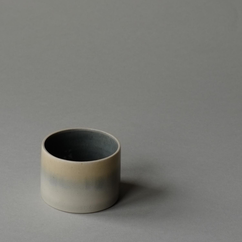 Cylinder_Blue_Mustard4.jpg