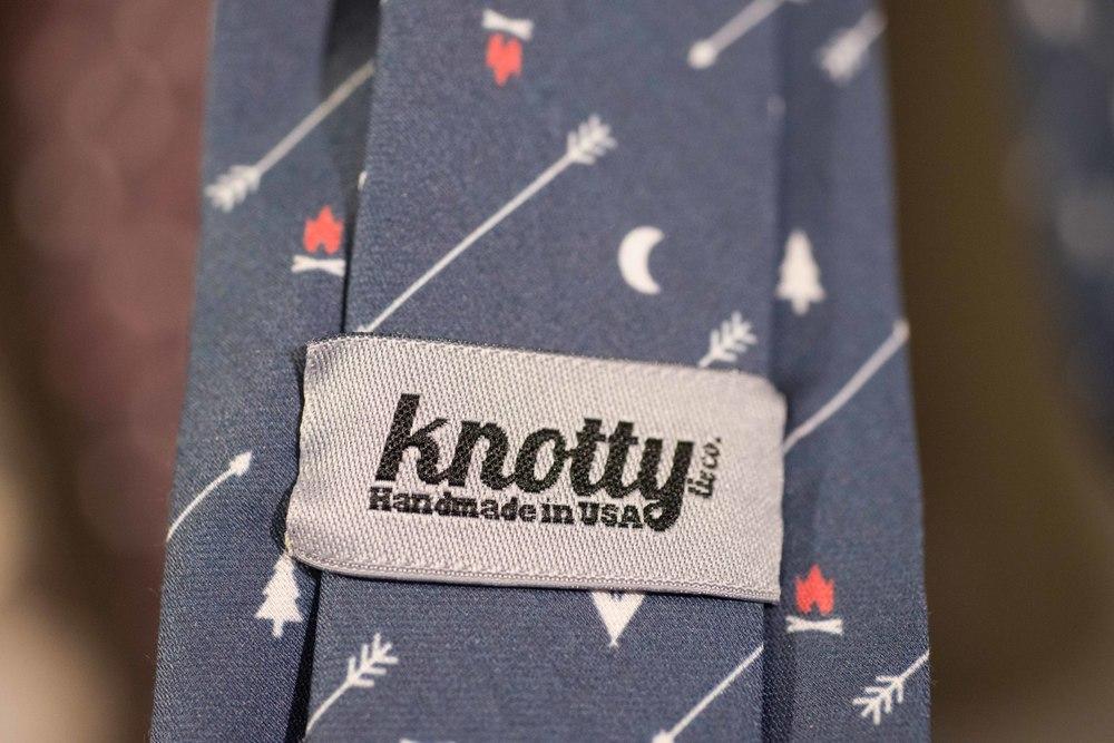 Knotty Tie web-size-10.jpg