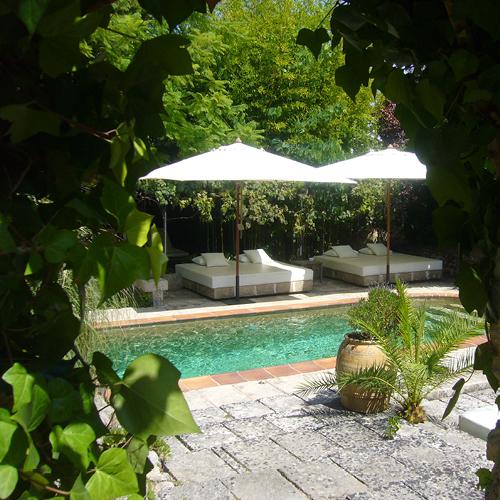 geheimes-plaetzchen-am-pool-finca-hotel-refugio-son-pons-mallorca
