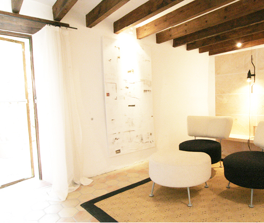 wohnzimmer-suite-patio-finca-hotel-refugio-son-pons-mallorca