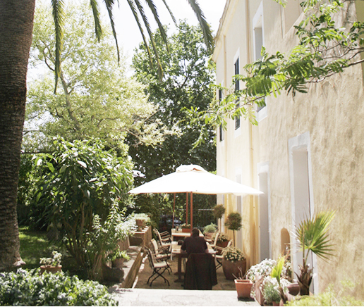 fruestuecksterrasse-finca-hotel-refugio-son-pons-mallorca