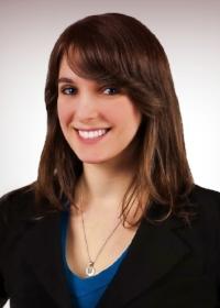 Sarah Noyo pro headshot face.jpg