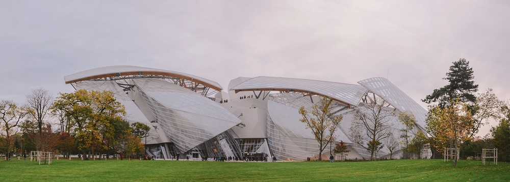 loius vuitton foundation from park behind.jpg