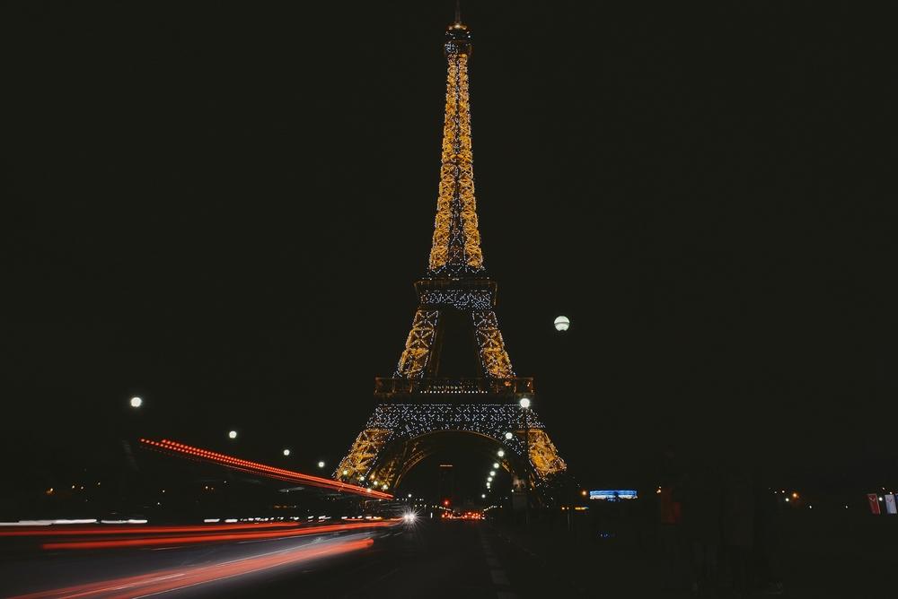 eiffel tower night_0057.jpg