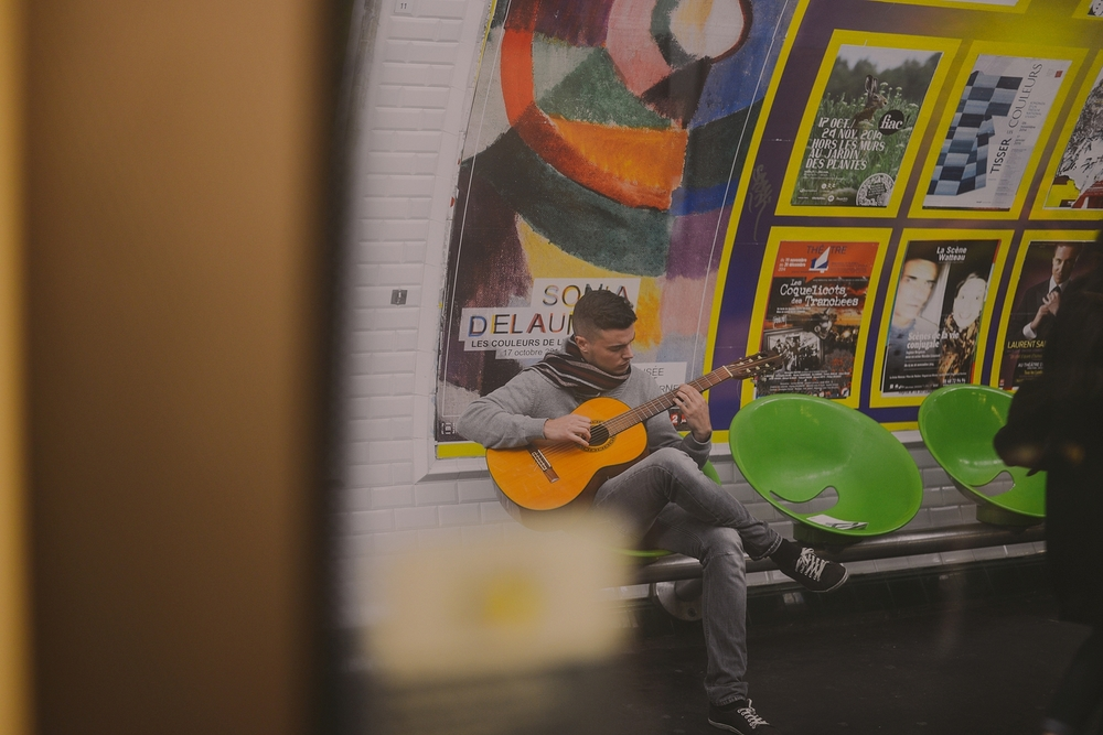 busking+in+metro+station_0012.jpg