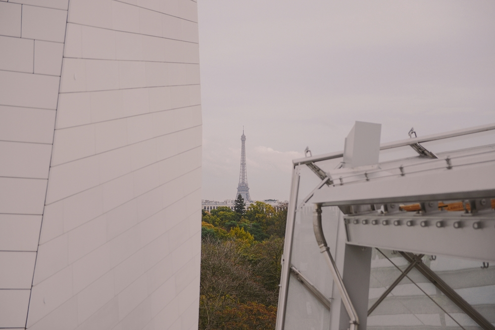 view+towards+eiffel+tower+from+loius+vuitton+foundation_0043.jpg