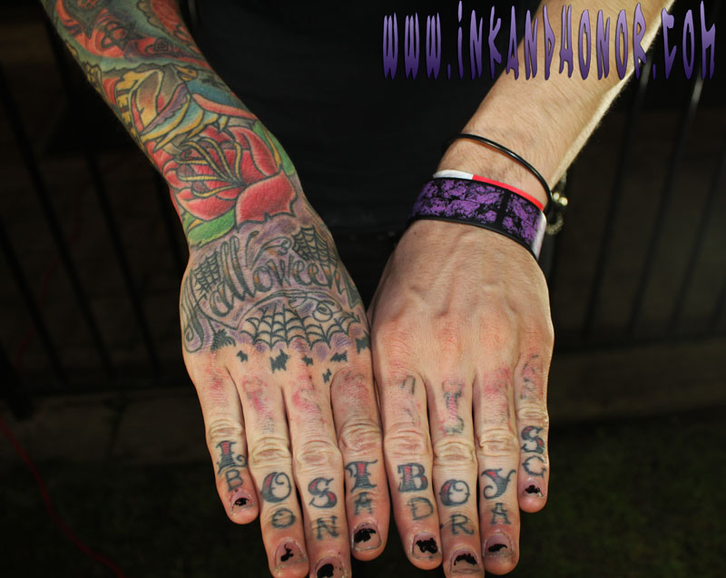 chris-hands2.jpg