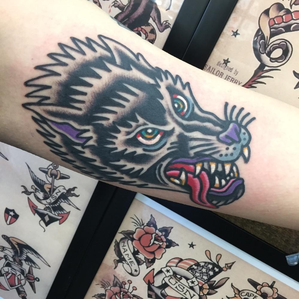 Tattoo Artist  Shon Lindauer