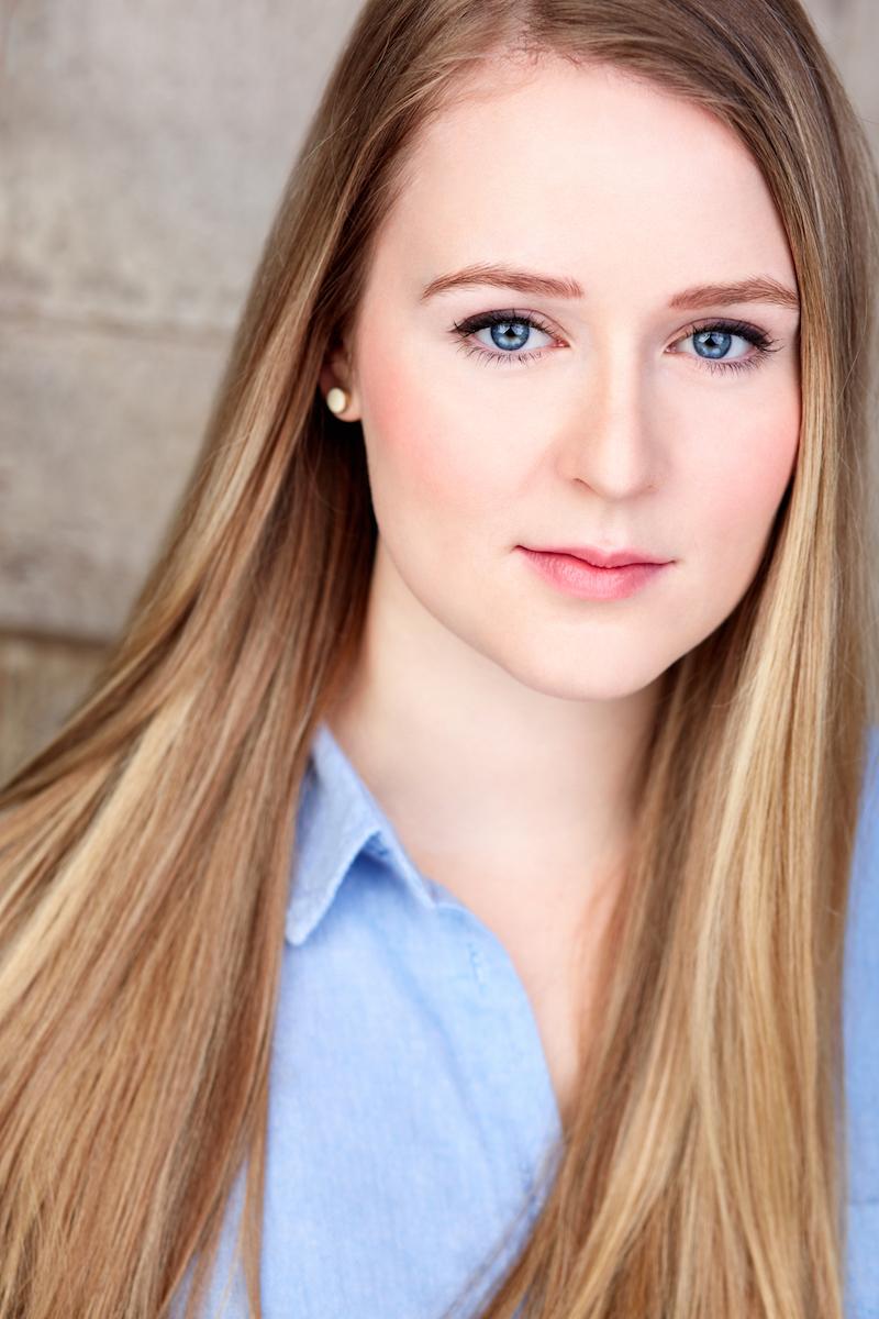 Alana Cummins | New York Actor Headshots, NYC