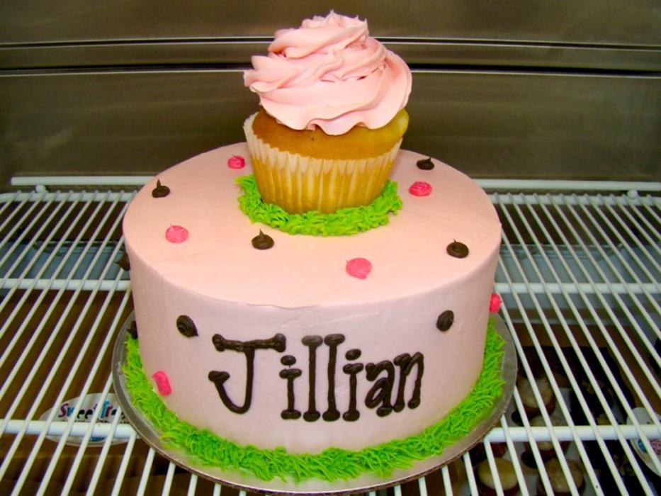 cupcake-top-cake.jpg