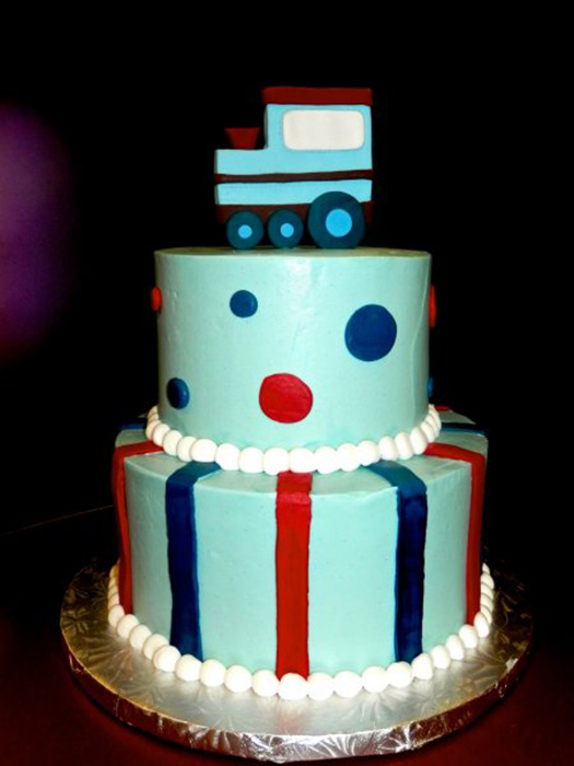 train-tiered-cake-1.jpg
