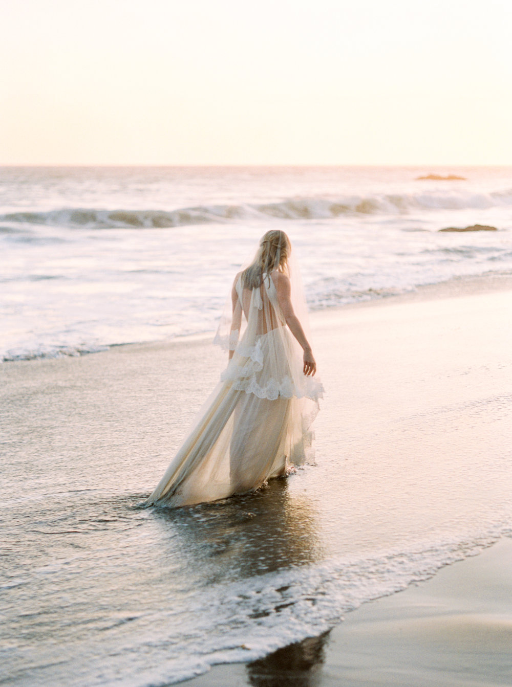 malibu_wedding_bride-91.jpg