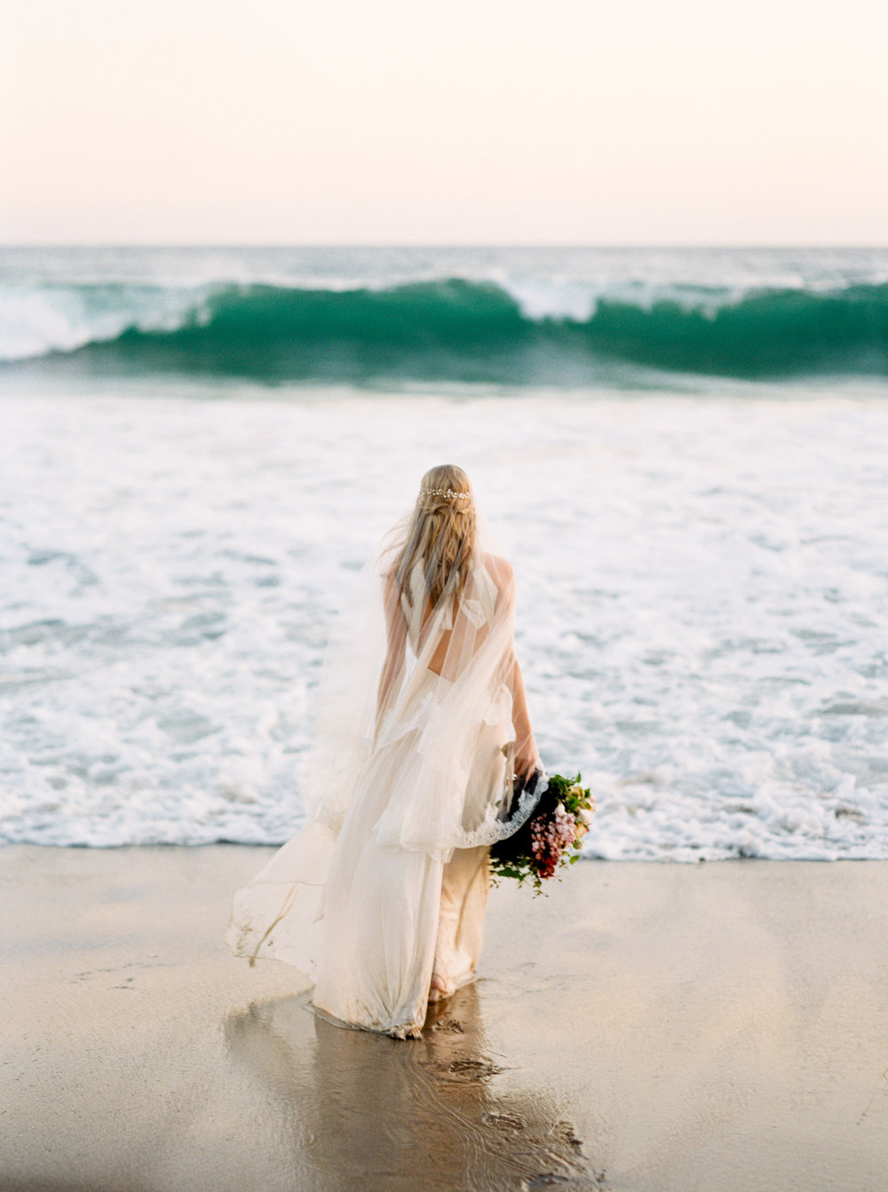 malibu_wedding_bride-107.jpg