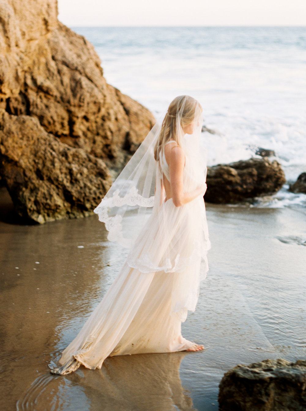 malibu_wedding_bride-88.jpg
