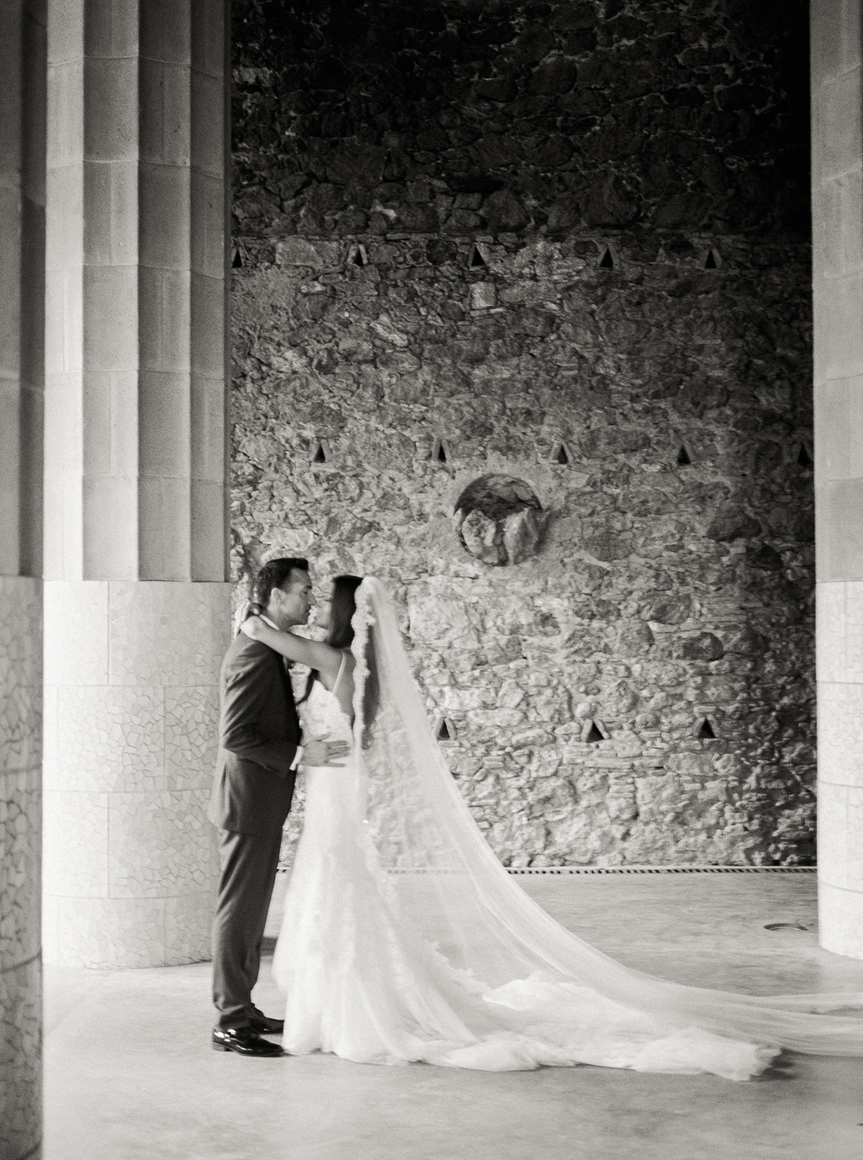 DennisRoyCoronel_chante_paul_barcelona_wedding-38.jpg