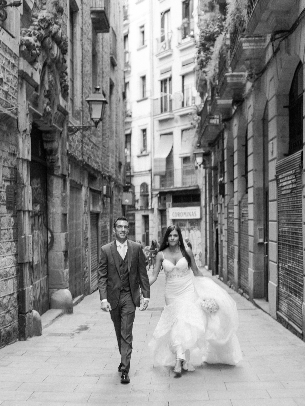 DennisRoyCoronel_chante_paul_barcelona_wedding-49.jpg