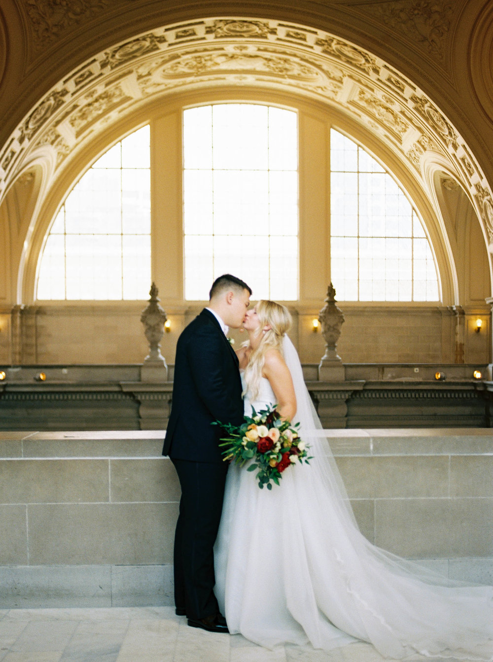 DennisRoyCoronel_Photography_SanFranciscoCityHall_Wedding-59.jpg