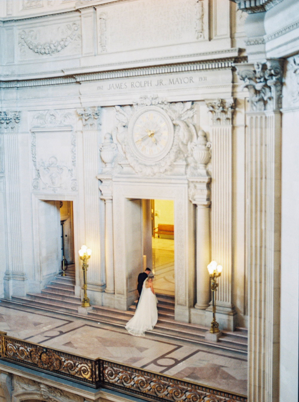 DennisRoyCoronel_Photography_SanFranciscoCityHall_Wedding-85.jpg