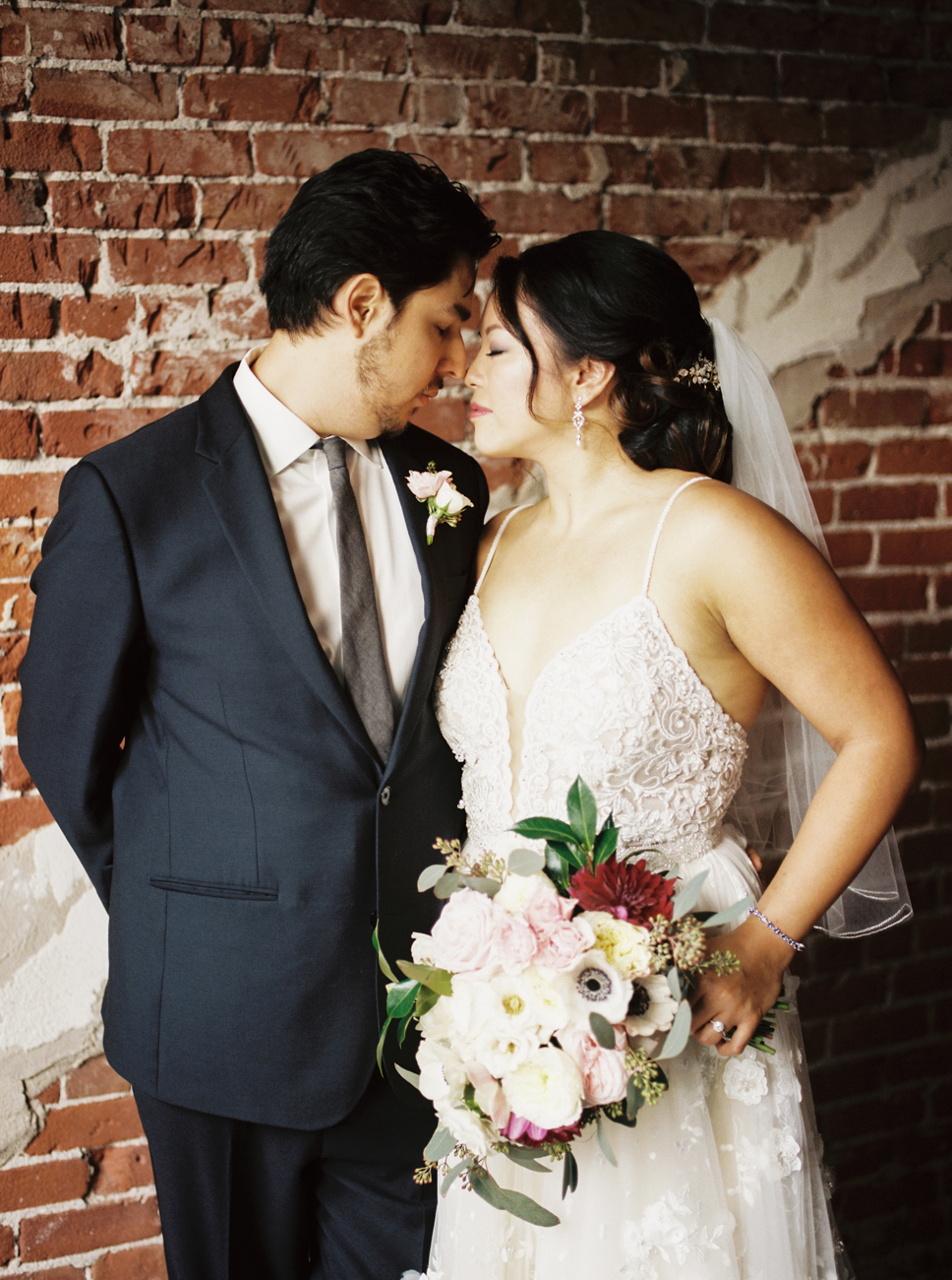 dennisroycoronel_theloftonpine_wedding-10.jpg