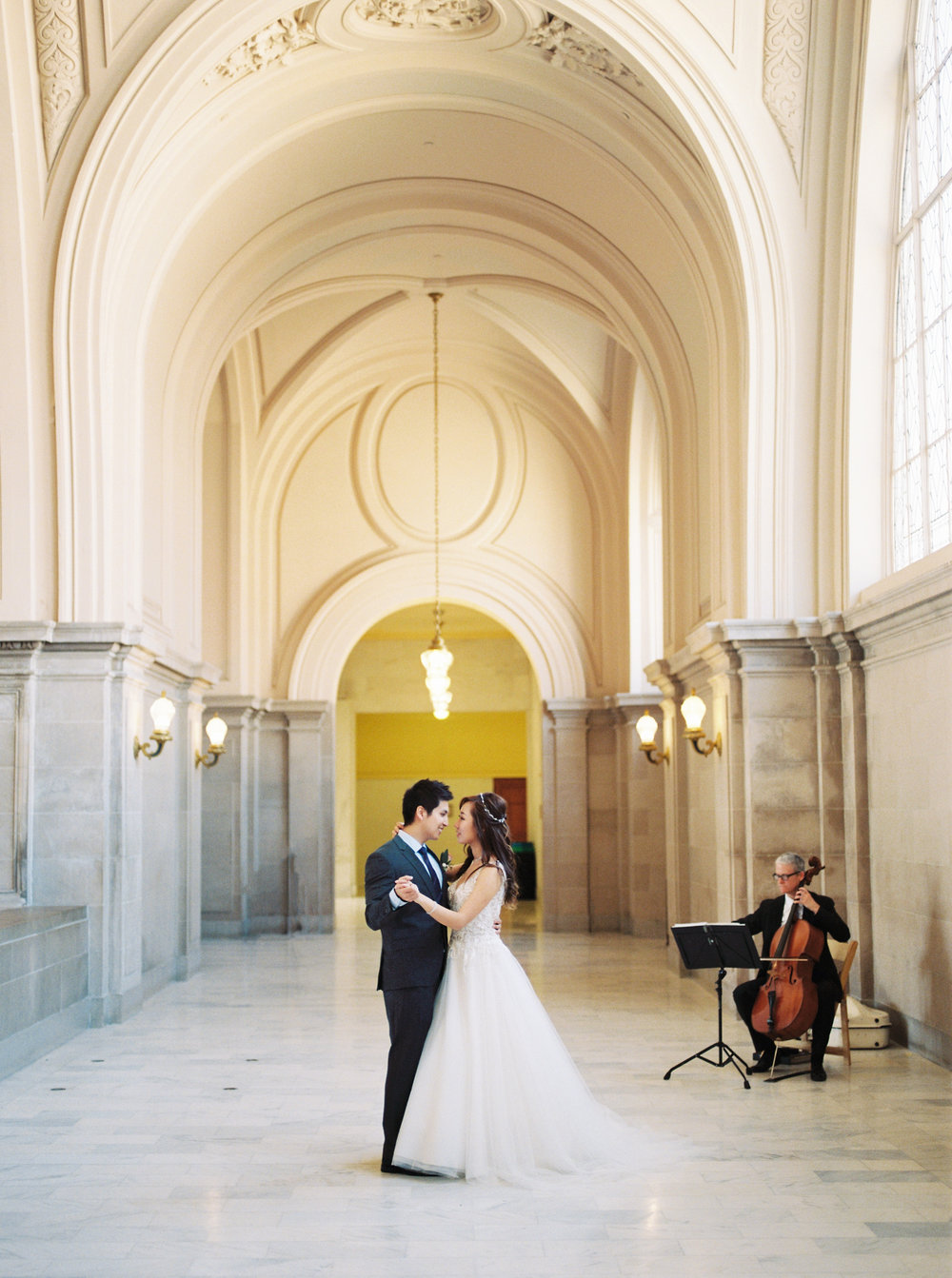 dennisroycoronel_san-francisco-city-hall_wedding-14.jpg