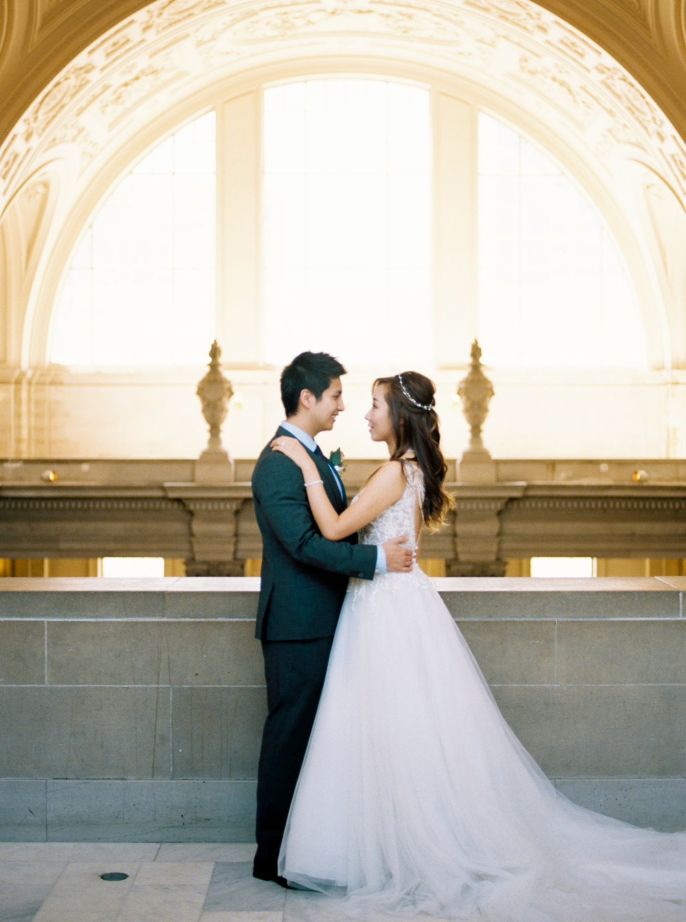 dennisroycoronel_san-francisco-city-hall_wedding-15.jpg