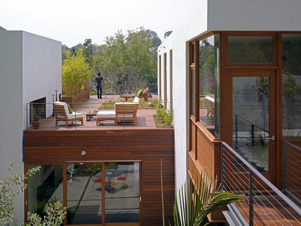 jill-soffer-kingman-green-rooftop-garden-1