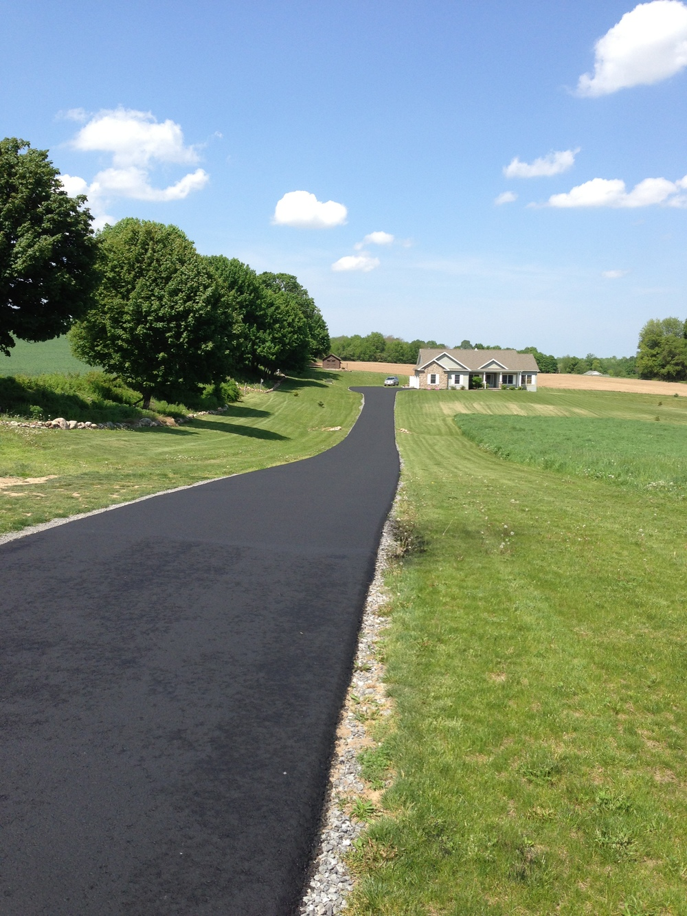 SouthernTier Sealcoating provides Commerical and Residential asphalt sealing services. We provide crack repairs, asphalt repair, power blowing, sweeping and edging for Victor NY, Mendon NY, Honeoye Falls NY, Pittsford NY, Fairport NY, Avon NY, Lima NY, Canandaigua NY, Bloomfield NY, Henrietta NY and Rochester NY.