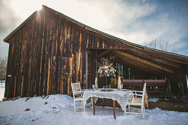 wood-and-feather-wedding-37.jpg