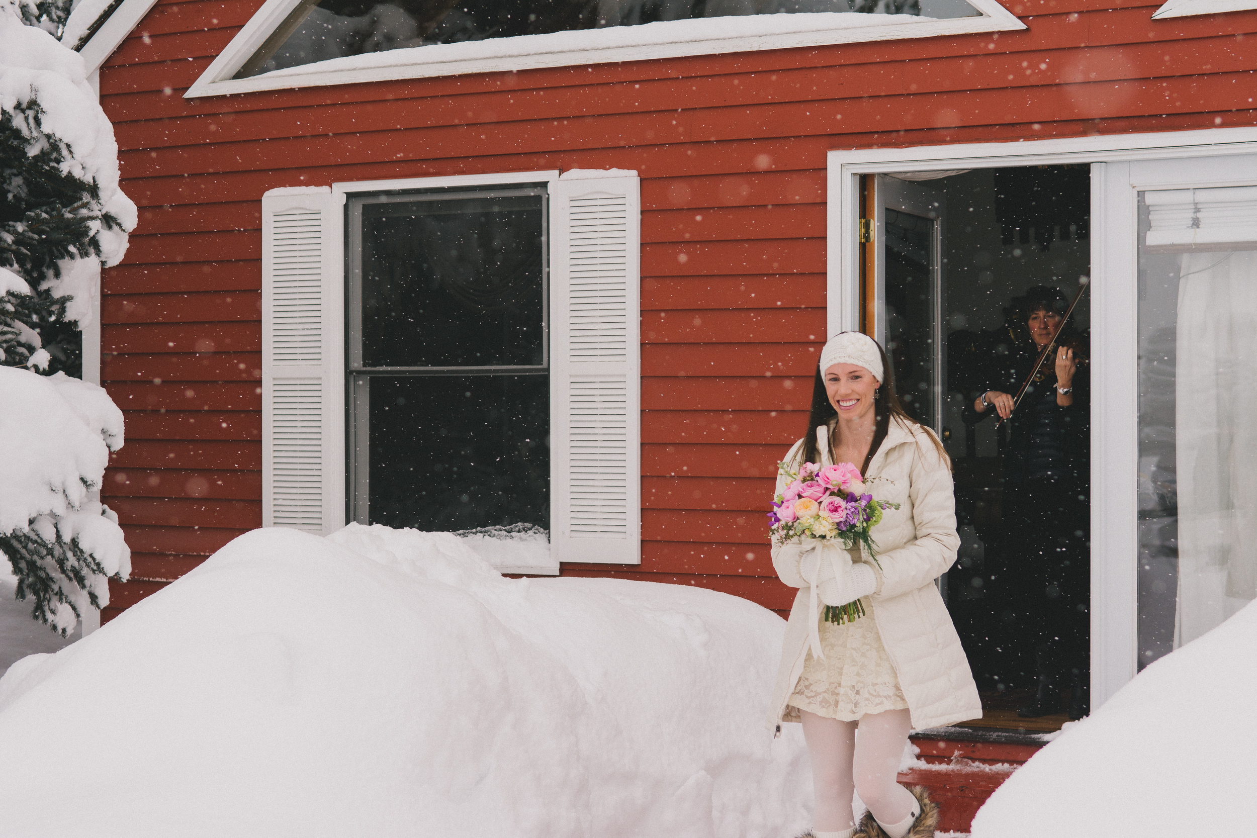Rancho Alegre casual winter wedding