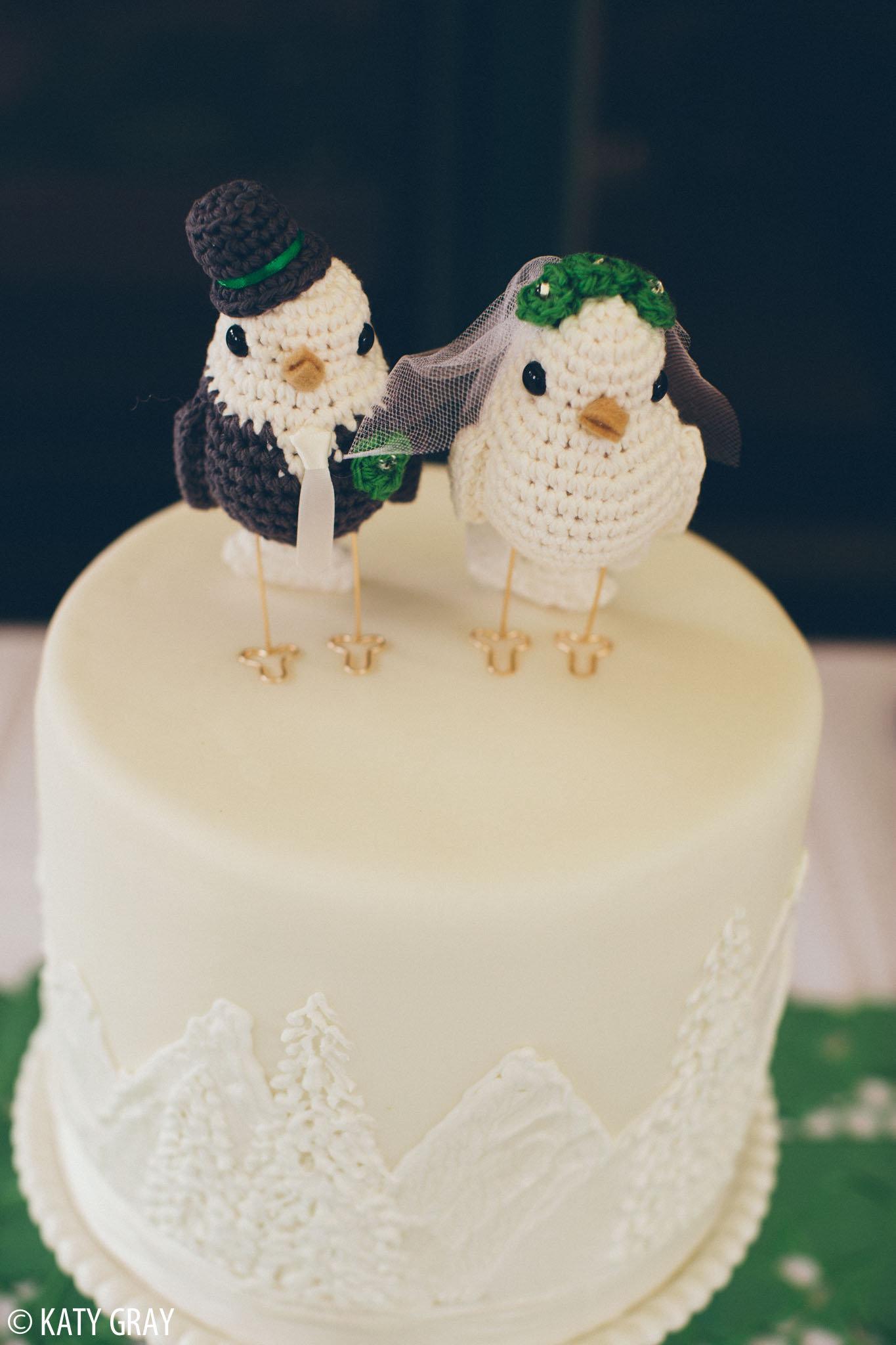 bird cake topper