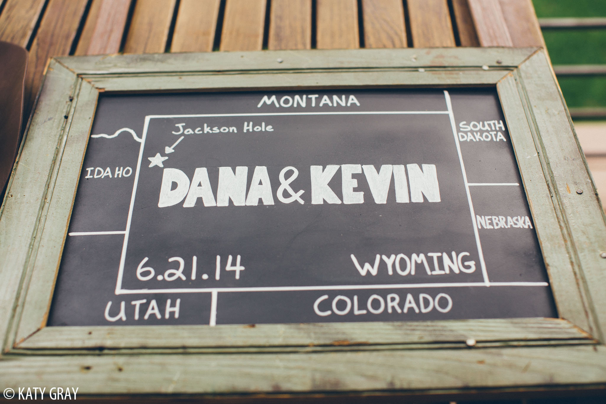 wedding sign with states