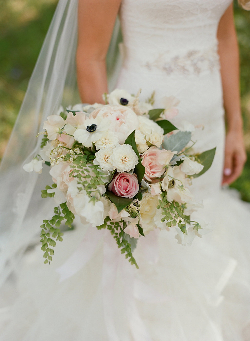 Exquisite Mountain Wedding Floral Designs
