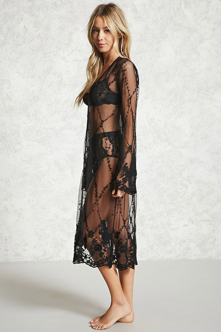 Forever 21 Embroidered Lace Robe