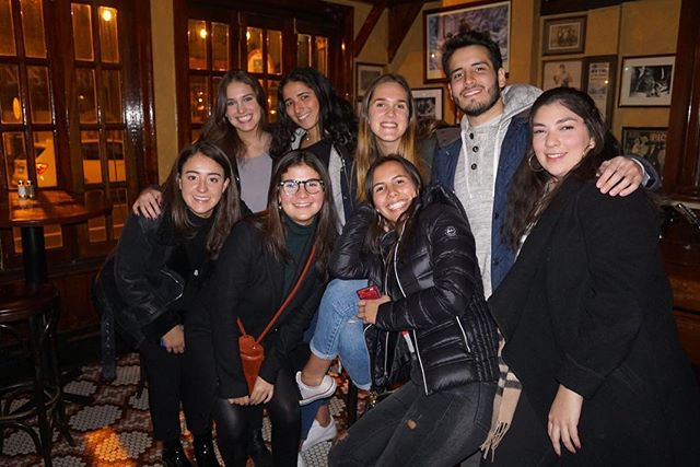 Senior Bucket List: ✅ Pub Crawl  For those who missed it, here are some moments of last night's Senior Pub Crawl! Stay tuned for more events featuring your favorite latinos at Penn!!!