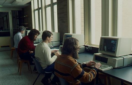 collegestudentscomputers.jpg