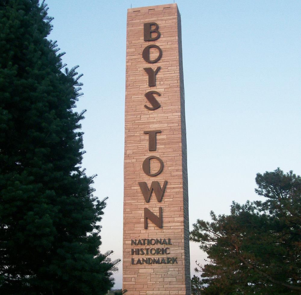boys-town-monument2.jpg