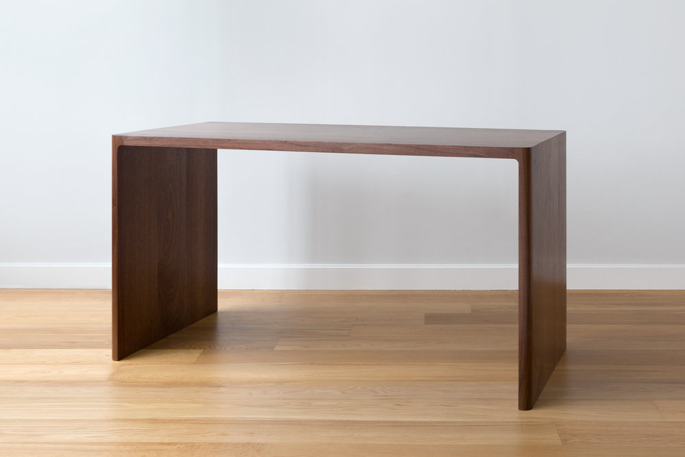 Fina Desk in Solid Walnut